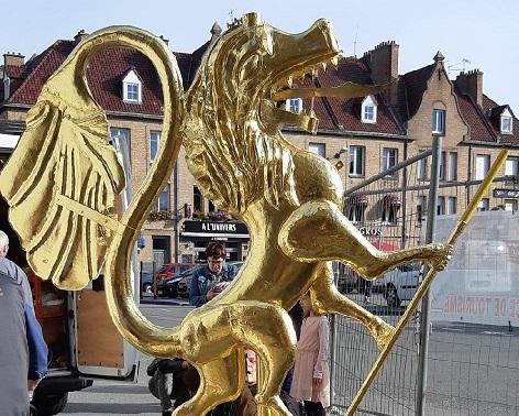 Nicolas la girouette du Beffroi après rénovation 4.jpg