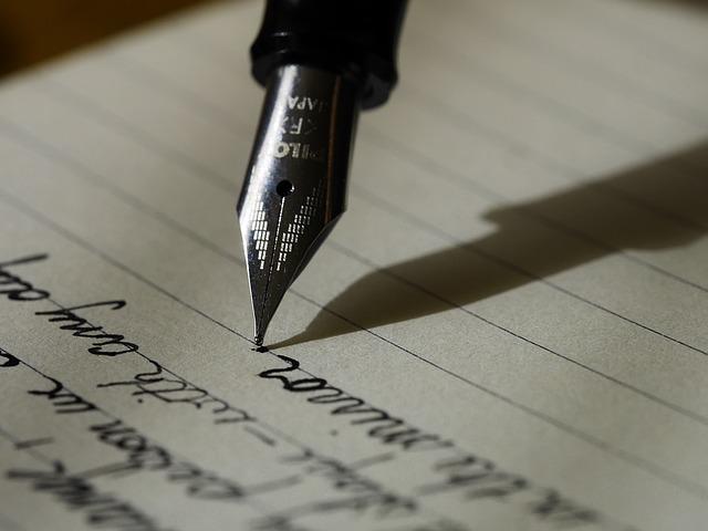 écriture pixabay.jpg