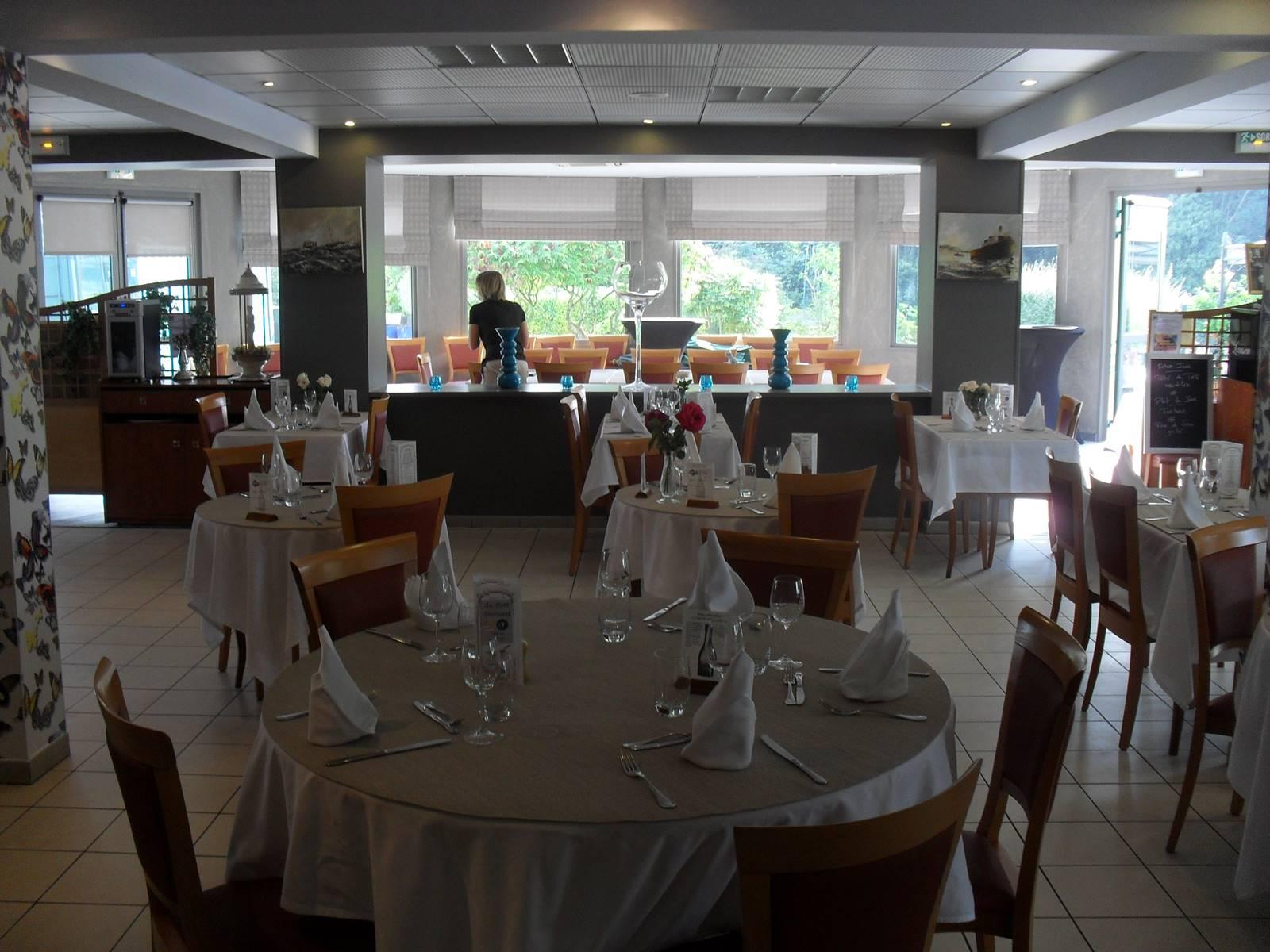 restaurant-au-pont-tournant-bierne (1).JPG