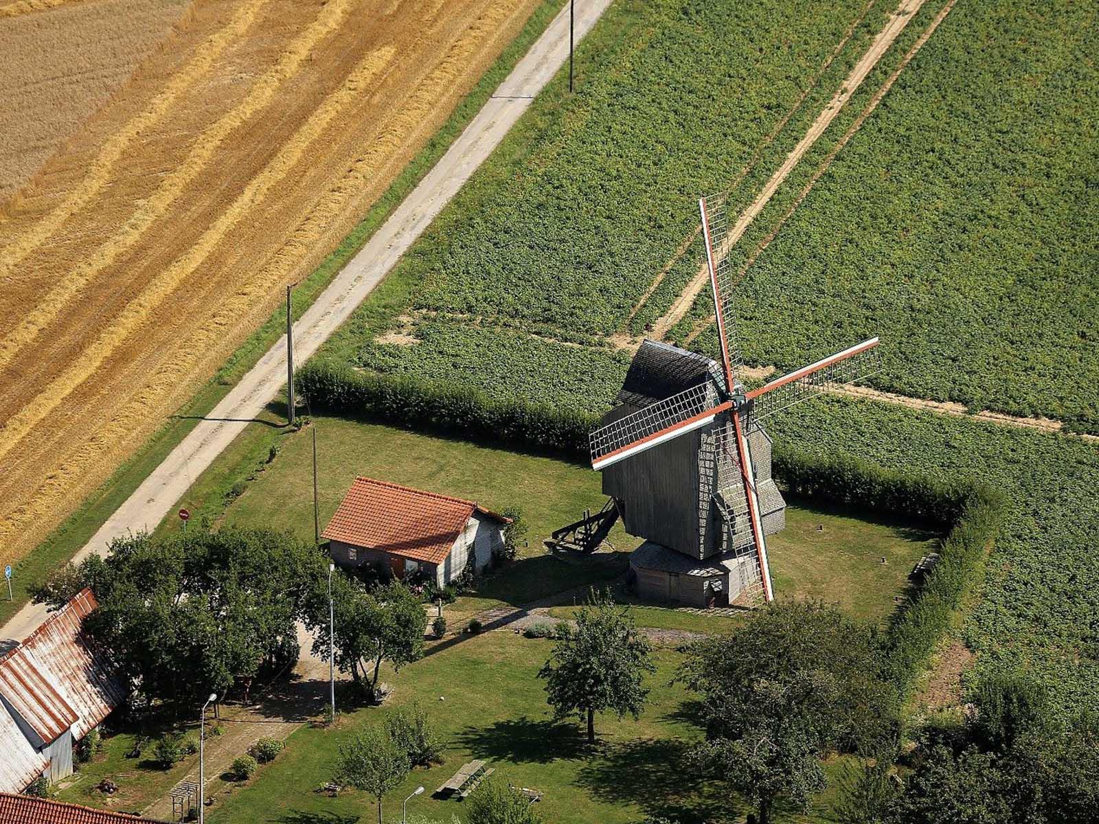 banniere-moulin-deschodt-wormhout.jpg